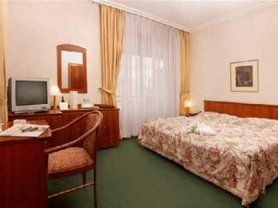 A Hotel Devin ****