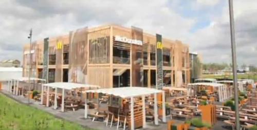A világ legnagyobb McDonald's étterme épül Londonban.