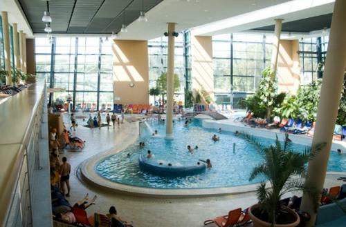 Aquasziget Esztergom - beltéri medence
