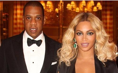 Csak érdekből van Jay-Z feleségével