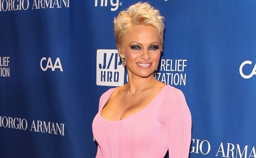 Pamela Anderson lesz az utolsó nyuszilány