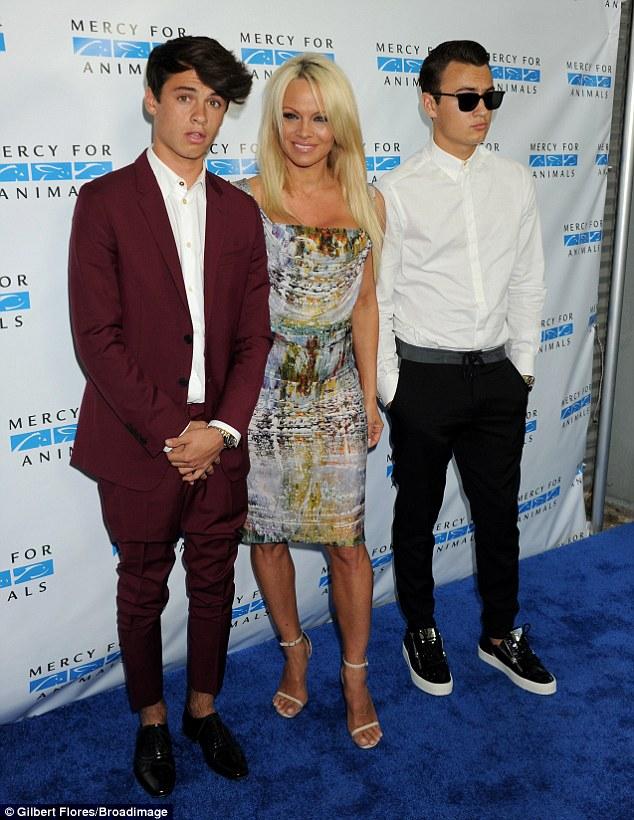 Pamela Anderson és fiai