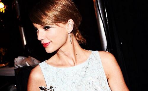 Ismét rekordot döntött Taylor Swift