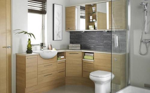 Minidg a helyiség méretéhez tervezzük a fürdőszobát