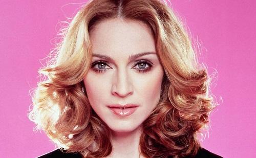 Turnéra indul Madonna