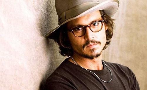 Különleges kapcsolata van Johnny Deppnek lányával