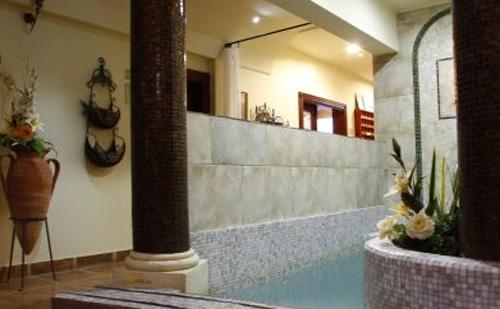 Négycsillagos felfrissülés a Kék Duna Wellness Hotelben