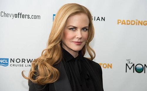Nicole Kidman kés alá fekszik