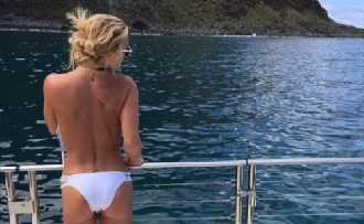 Britney Spears majdnem vízbe fúlt!