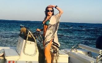Kínos: Lindsay Lohan tényleg terhes