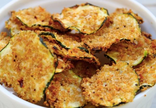 Cukkini chips - ízletes, fűszeres ropogtatnivaló