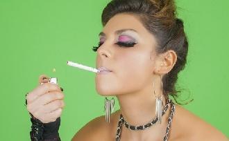 Cigi és fogak: mi a baj a dohányzással?