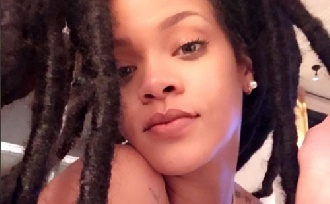 Rihanna kétségbeesve keresi táncosát