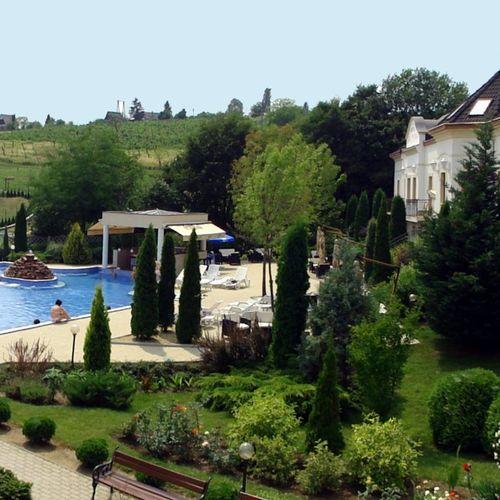 Hotel Villa Völgy **** Wellness & Konferencia