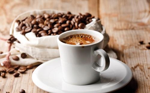 Pár nap és a koffeiné a főszerep
