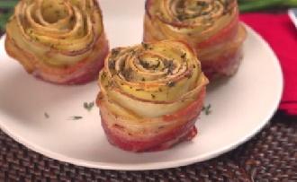Mmm: burgonyás-baconos rózsát az asztalra!