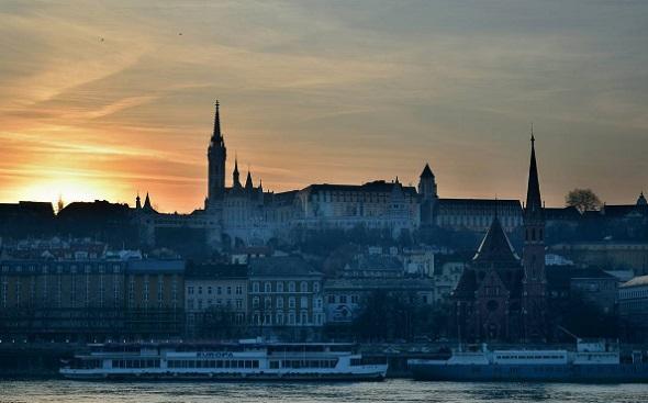 Budapest este - egyik legkedveltebb konferenciahelyszínnek számít a magyar főváros