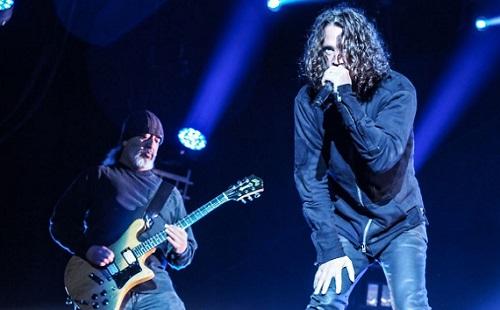 Kiderült: felakasztotta magát Chris Cornell