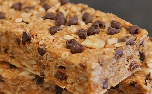 Csokis granolaszelet sütés nélkül!