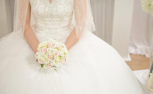 Formabontó dizájnmeghívó esküvőkre