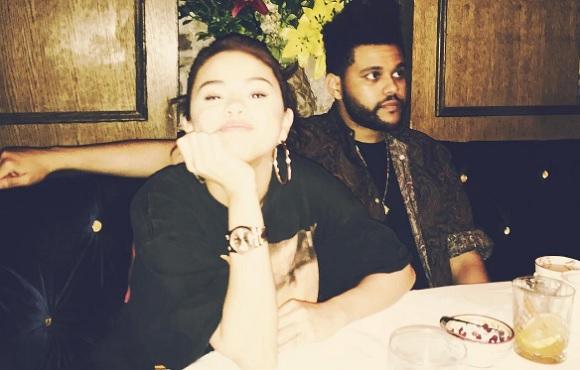 Selena Gomez és The Weeknd - vacsora közben