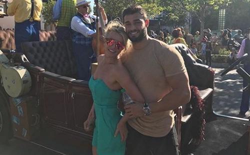 Britney Spears és Sam Asghari - dúl a szerelem