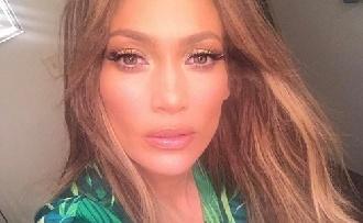 Jennifer Lopezt nem érdekli a kor