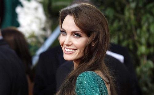 Megint csontsovány Angelina Jolie