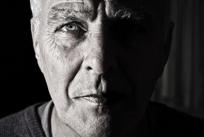 Hatással lehet a stressz az időskori makula-degenerációra