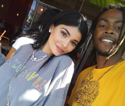 Kylie Jenner és Travis Scott boldog párost alkot