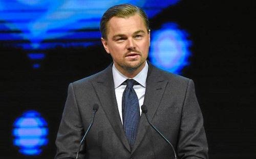 Leonardo DiCaprio maga alatt van