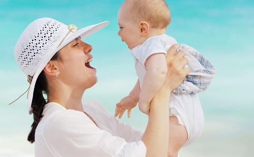 Az idősebb anyukák jobb édesanyák?