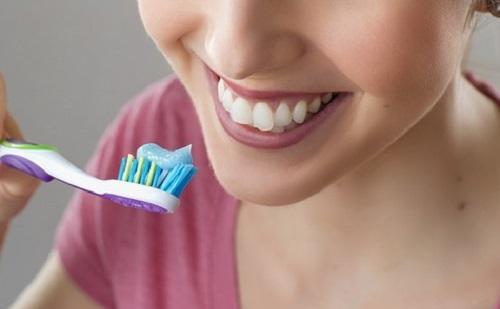 Ösztrogén-terápia csökkentheti a fogbetegségek esélyét?