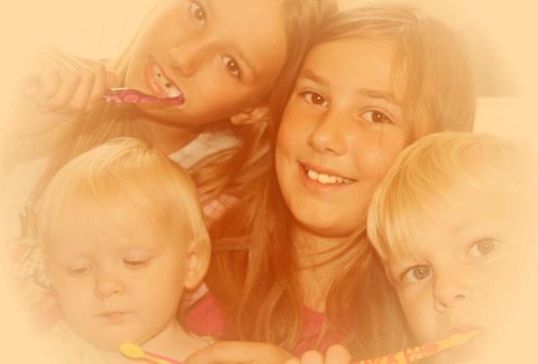A család és a barátok is nagymértékben befolyásolják szájhigiéniánkat