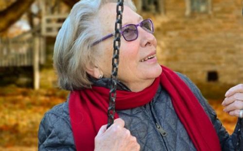 Személyre szabott fogápolás segíthet az időseknek?