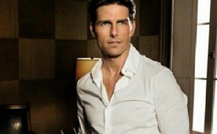 Tom Cruise-nak új barátnője van?