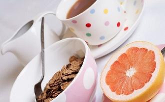 Reggeli tevékenységek, amelyek segítik a fogyást