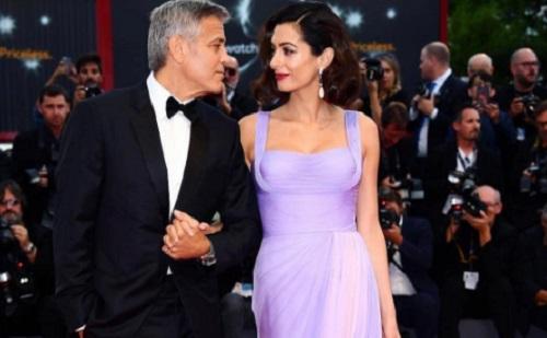 George Clooney lánya tiszta anyja?