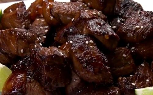 Könnyed ázsiai steak falatok
