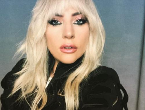 Lady Gaga izomfájdalmakkal küzd