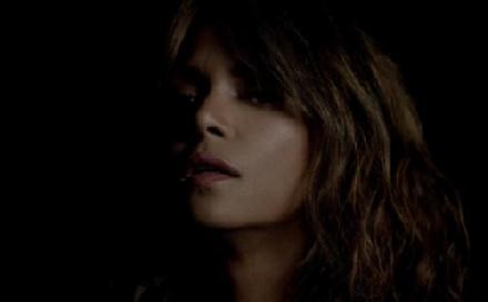 Halle Berry szerelmes