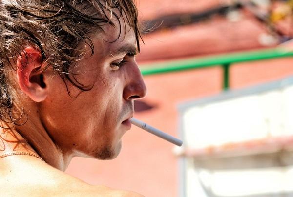 Túl sok dohányos jelenet van a fiataloknak is szóló filmekben?