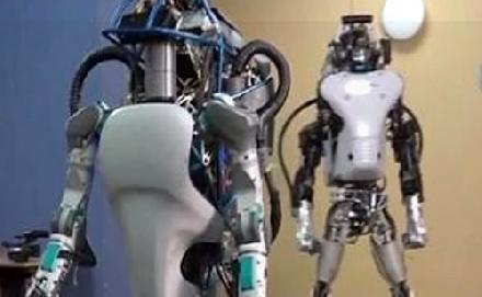 Könnyebb volt a robotnak a vizsga, mint az embernek